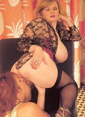 Lesbian Classic Porn Pictures